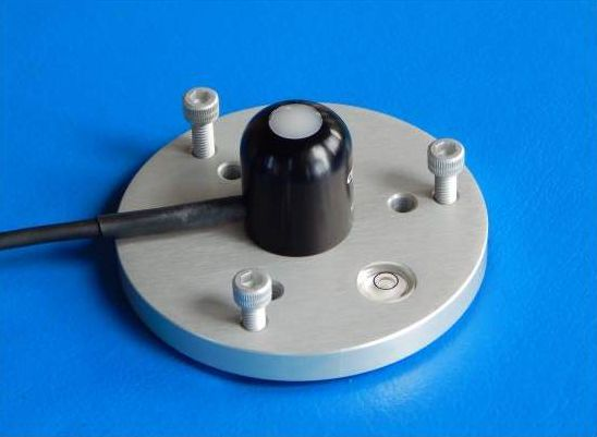 SRS-200 Solar Radiation Sensor and leveling plate